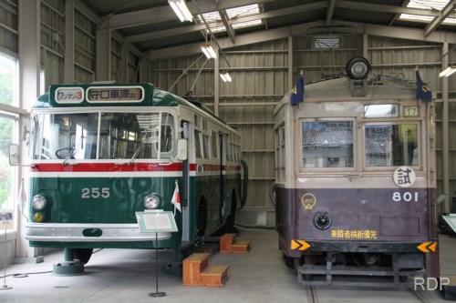 大阪市営トロリーバス200形255&大阪市電801形801