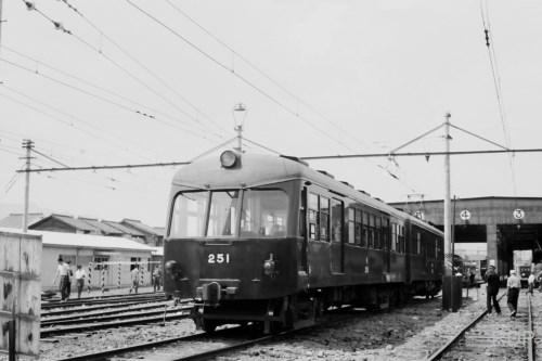 京阪神急行電鉄250形251 [9006280]