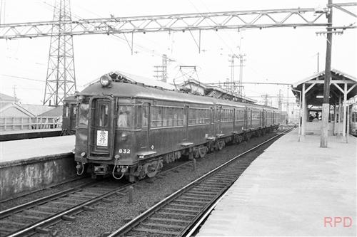 阪神電鉄831形832 尼崎駅