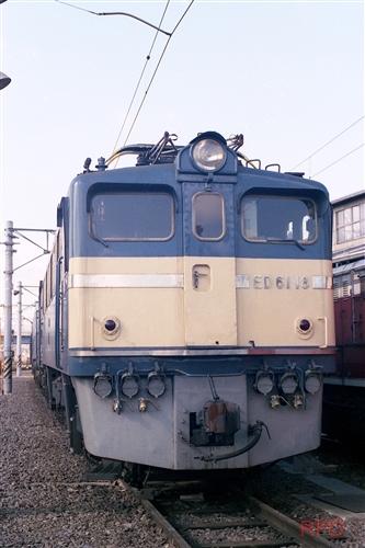 ED61 18